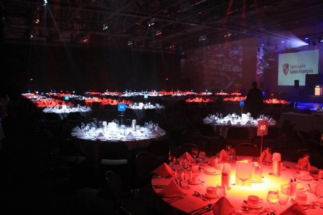 ambiance-lumiere-banquet-corporatif